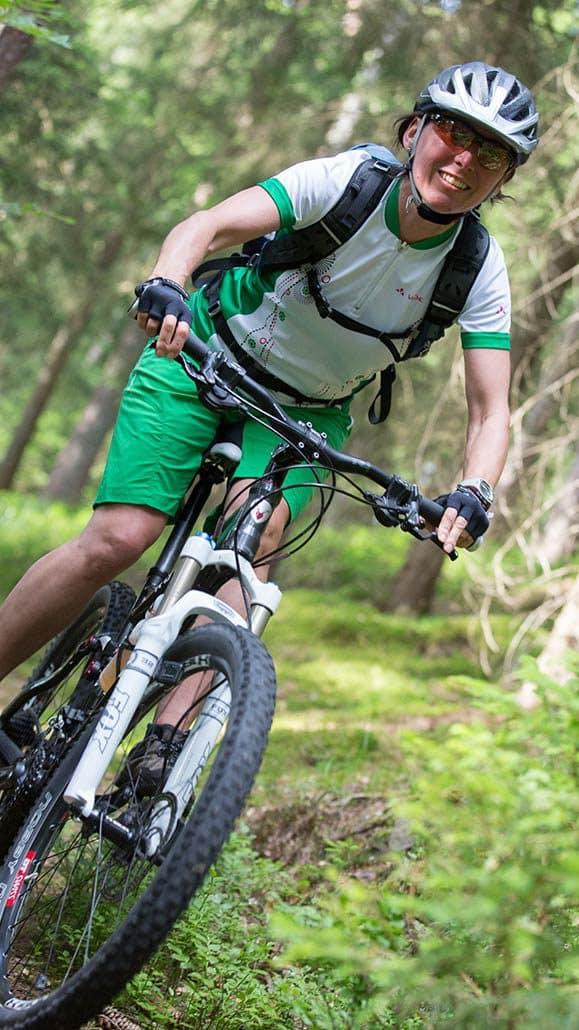 Bikerin MTB Fahrtechnik Training in Baiersbronn