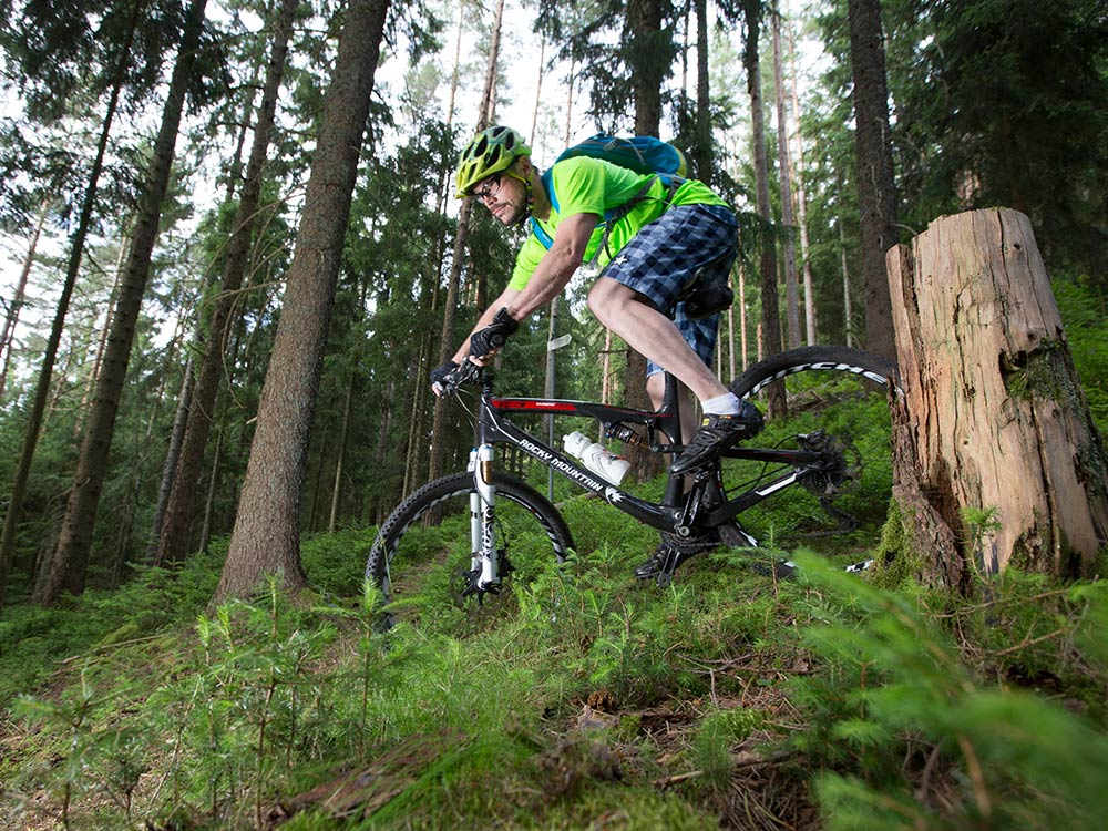 Downhill MTB Fahrtechnik Training in Baiersbronn