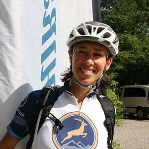 Guide Annette HIRSCH-SPRUNG MTB Fahrtechnik