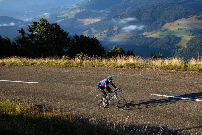 Radfahrer auf dem Belchen Rennrad Tour Belchen