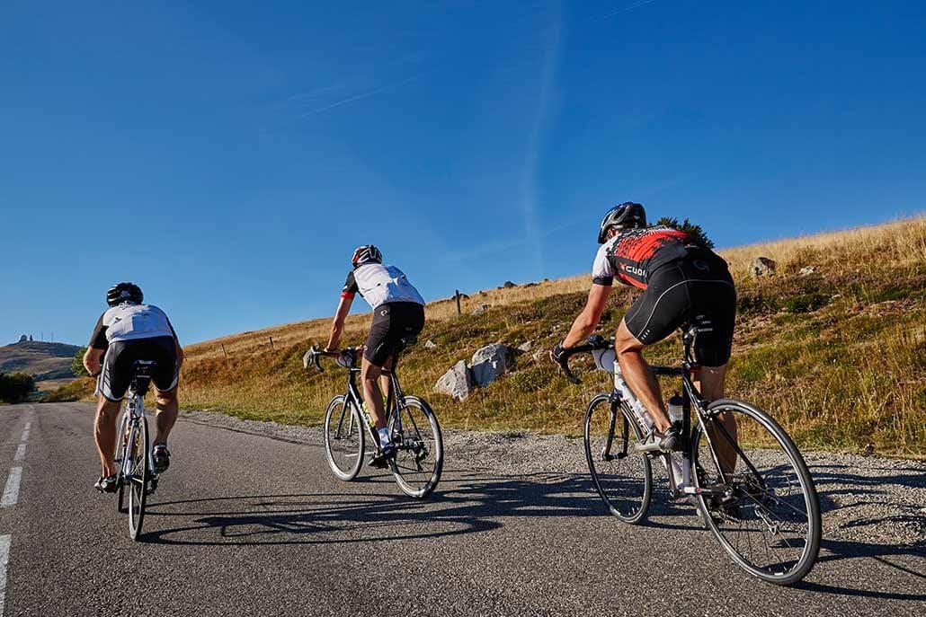 Radfahrer Pulk Rennrad Tour Belchen