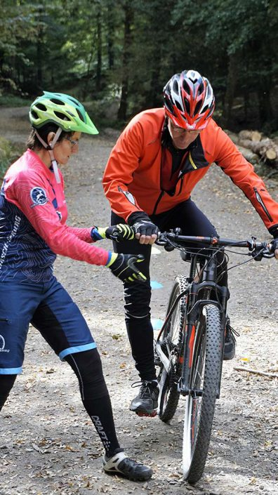Guide Eva beim Personal MTB Training