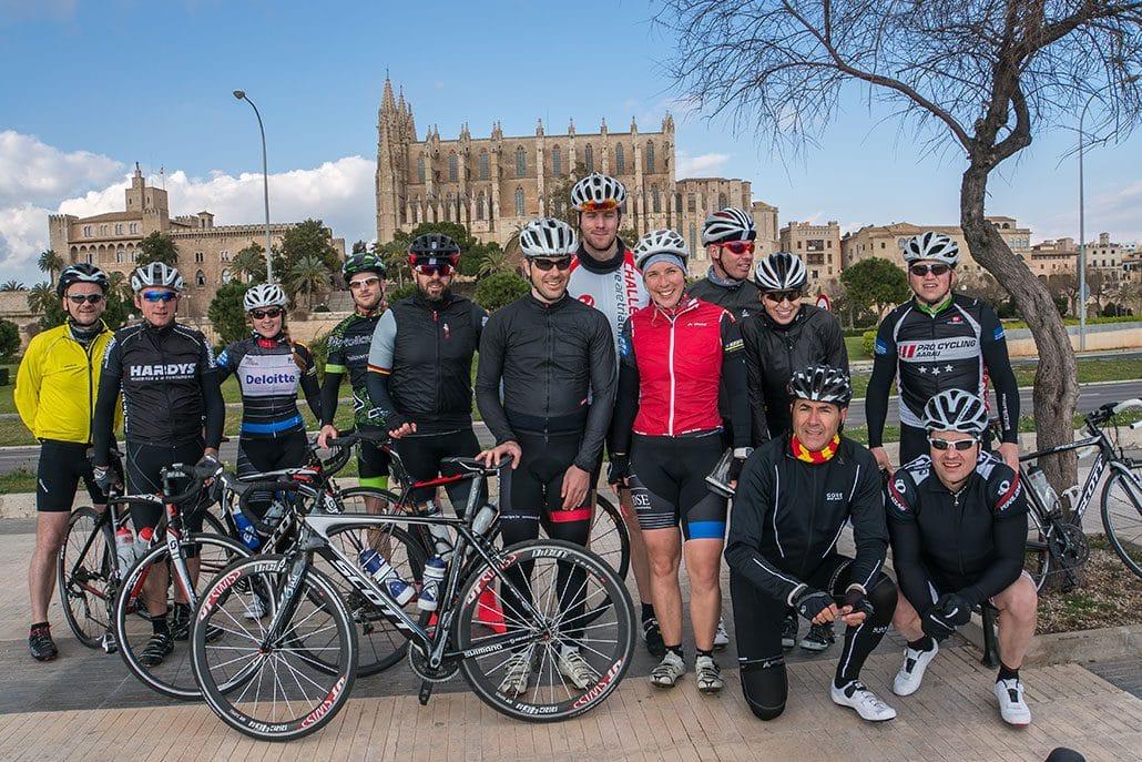 Gruppenbild HIRSCH-SPRUNG Rennrad Reise Mallorca