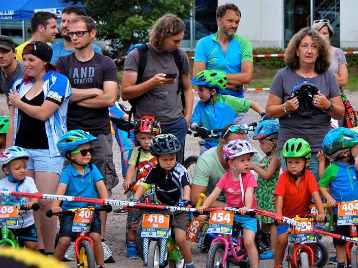 Laufrad Trophy MTB Bike Marathon Furtwangen Startlinie