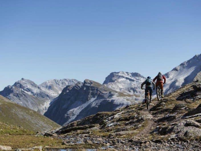Ramozhütte MTB Alpencross Tour Grischa MTB Ride