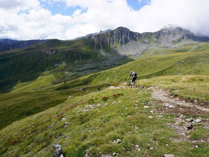 Downhill MTB Reise Alpen Davos