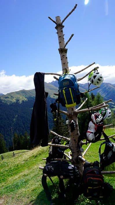 Pause muss sein bei der MTB Reise Alpen Davos