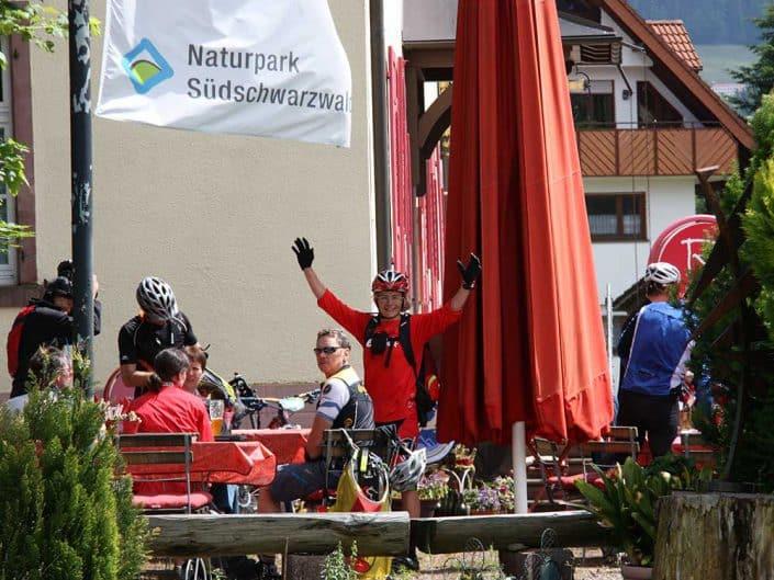 Vesper bei der MTB Reise Rock & Surf in Freiburg im Schwarzwald