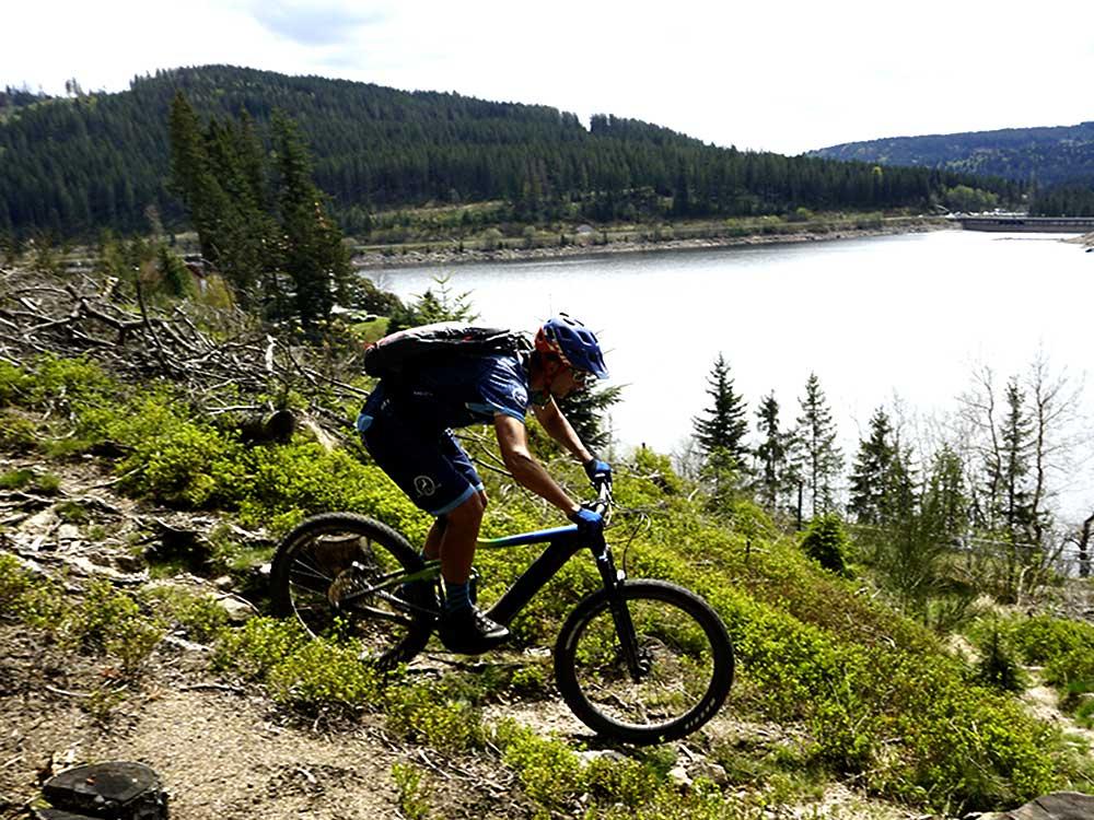 Trail E-Bike MTB Fahrtechnik Training